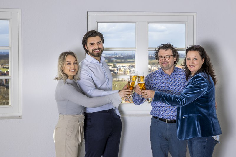 110321, Schimmert: Beerbroewerie De Reusch. Foto: Marcel van Hoorn.