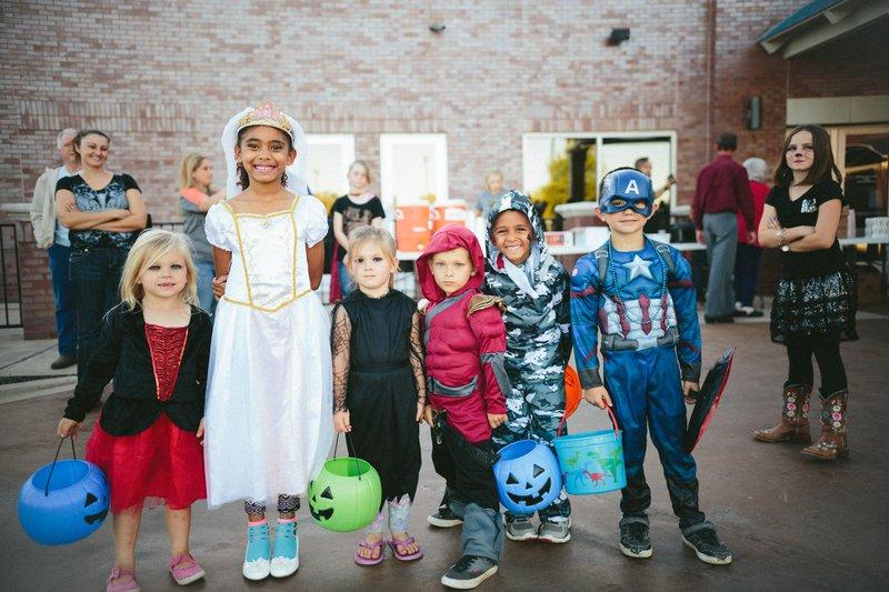 PTA Fall Festival Ideas - kids in costume