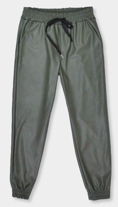pantalon-mujer-de-polipiel-con-punos-_7a