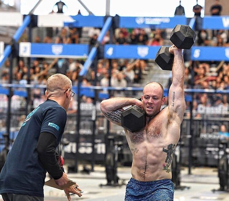 Mitch Barnard competing at Crossfit Regionals