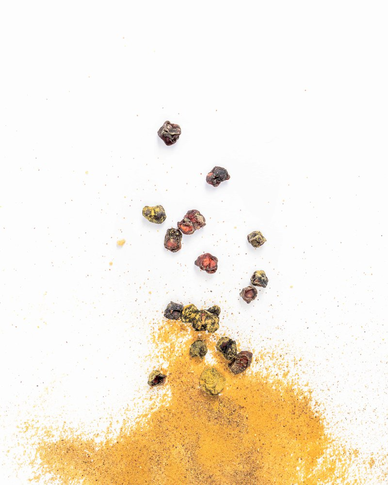 Adaptogen powders and dried berries