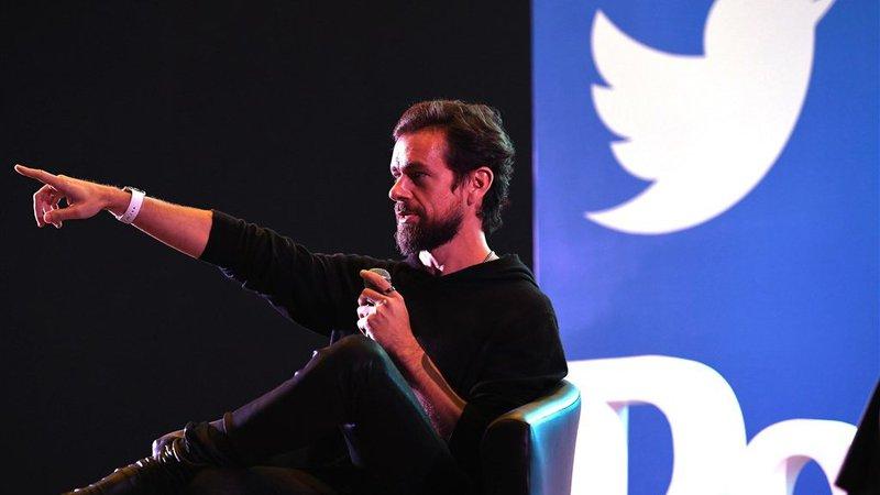 Jack Dorsey, CEO ban Twitter, toont hoe je flexibiliteit toepast bij thuiswerk.