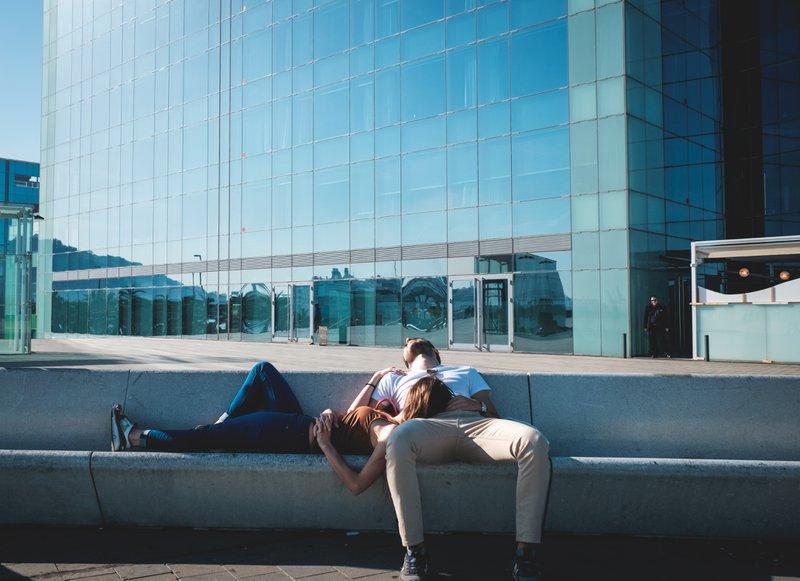 Voltijdse medewerkers hebben in België meestal recht op 4 weken (of 20 dagen) jaarlijkse verlof