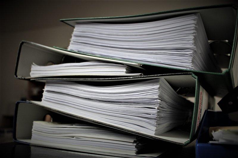 Traditionele verlofadministratie eist een hele hoop papierwerk.