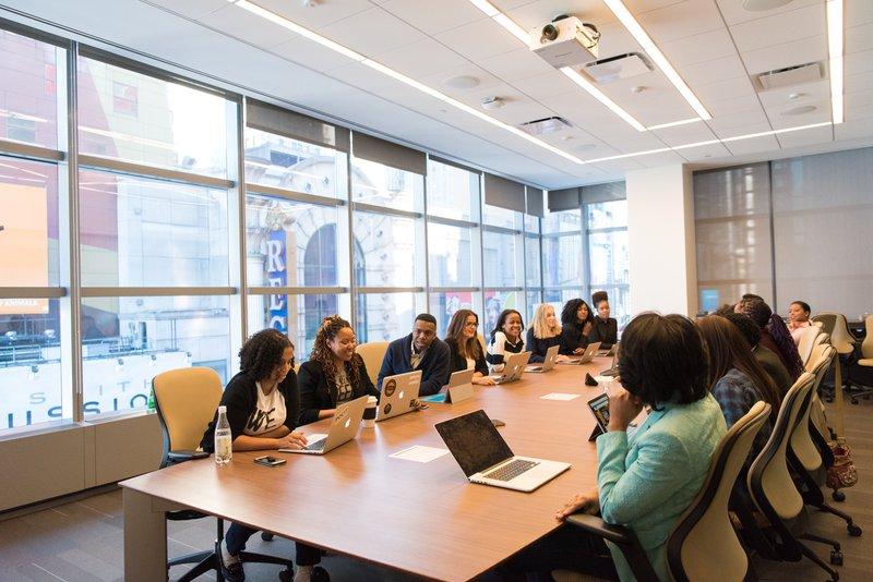 6 redenen waarom je vergaderingen niet efficiënt verlopen en hoe je ze kan vermijden