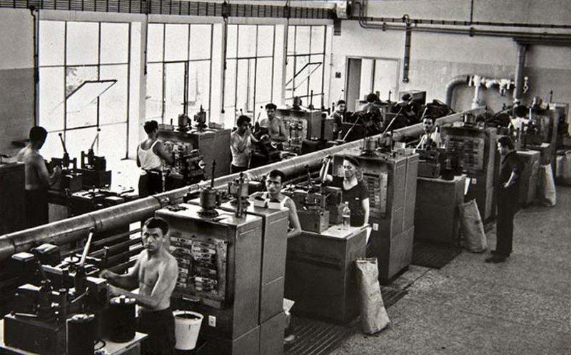 jugoton vinyl pressing plant