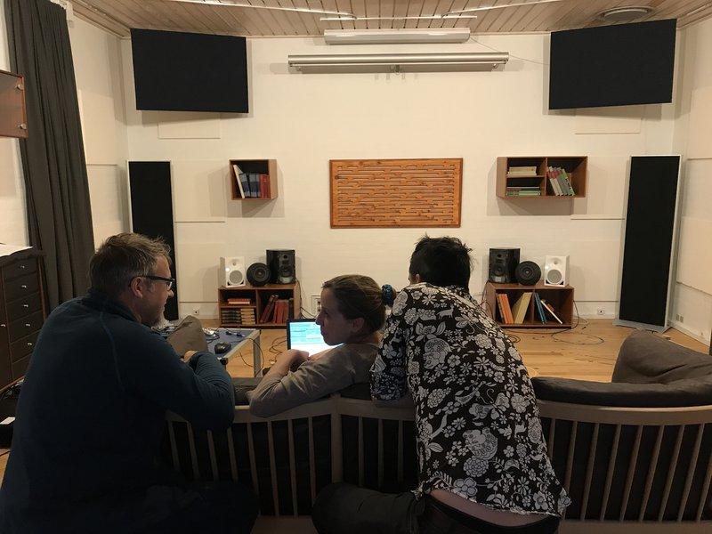 Tuning speakers in listening room