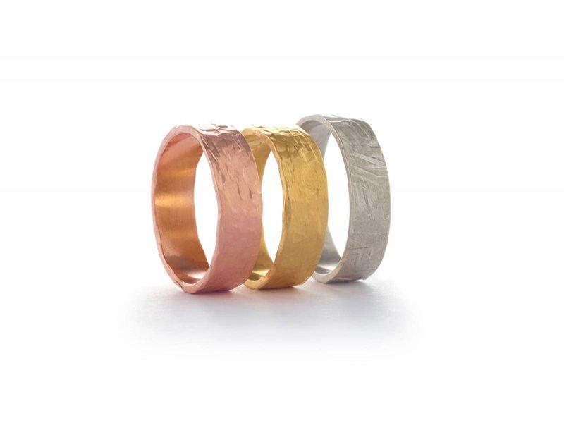 stAen - Moderne trouwringen - Juwelen - House of Weddings