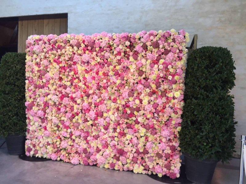Backdrop met roze bloemen Frederik Van Pamel - - Bloemen Backdrop - House of Weddings
