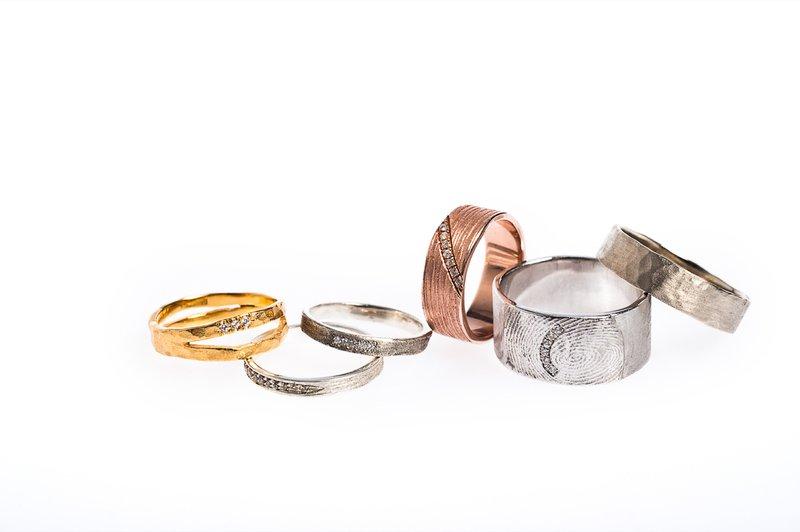 Hanne Schoofs - Moderne trouwringen - Juwelen - House of Weddings