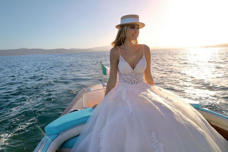 Na corona: de bruidsmodewinkels gaan er weer tegenaan! - House of Weddings