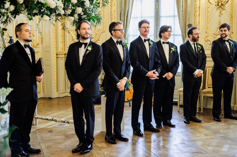 Bruidegom en bruidsjonkers ceremonie - Real Wedding - Elisabeth & Bill - Gert Huygaerts - House of Weddings