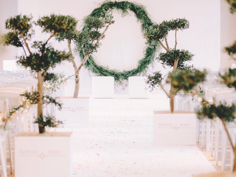 Bloemen circel - ceremonie - groen - huwelijk - bloemen - floral hoops - - Bloemen Backdrop - House of Weddings