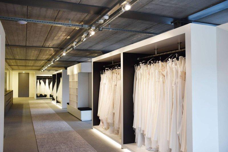 Cermo Concept - Trouwjurk - Bruidsjurk - Trouwkleed Kopen - House of Weddings