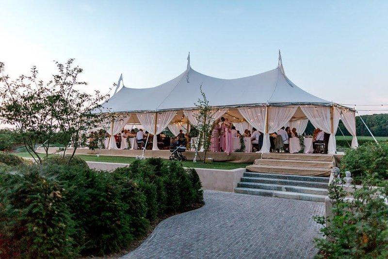 redenen om een tent te kiezen voor je huwelijk - House of Weddings