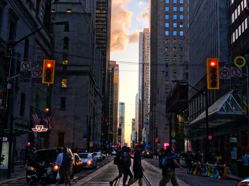 Urban rush, Toronto, 2019