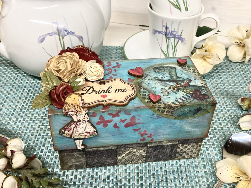 Stamperia tea box