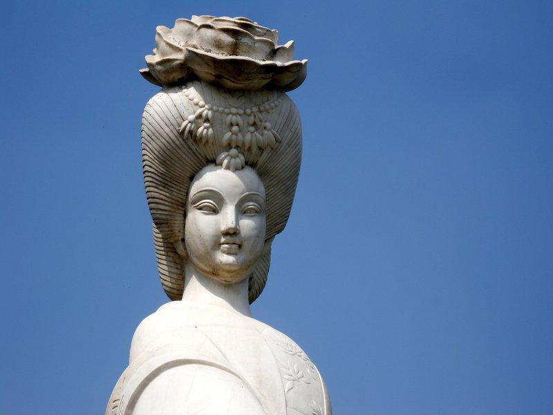 Statue of the beautiful Yang Guifei