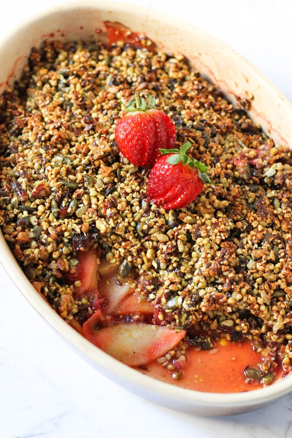Gluten-Free Apple and Strawberry Crumble
