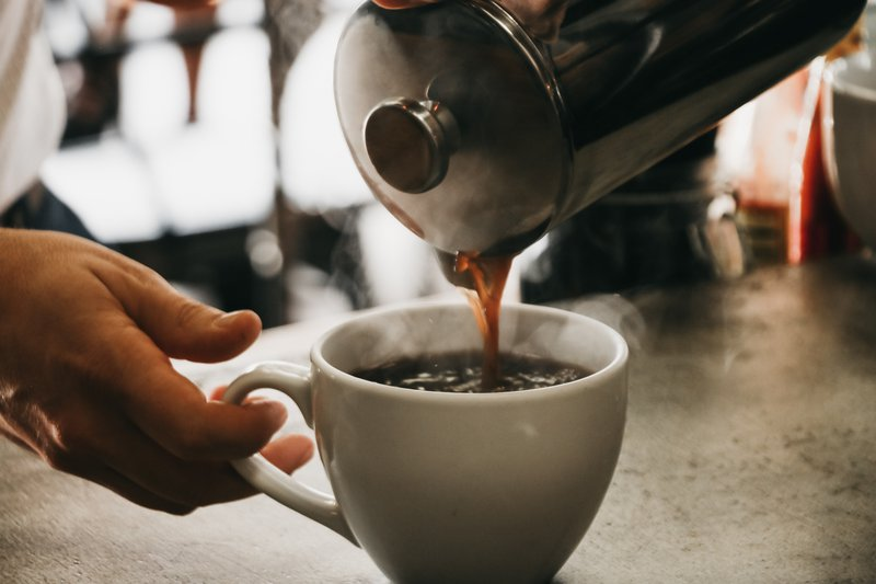 French press coffee pour