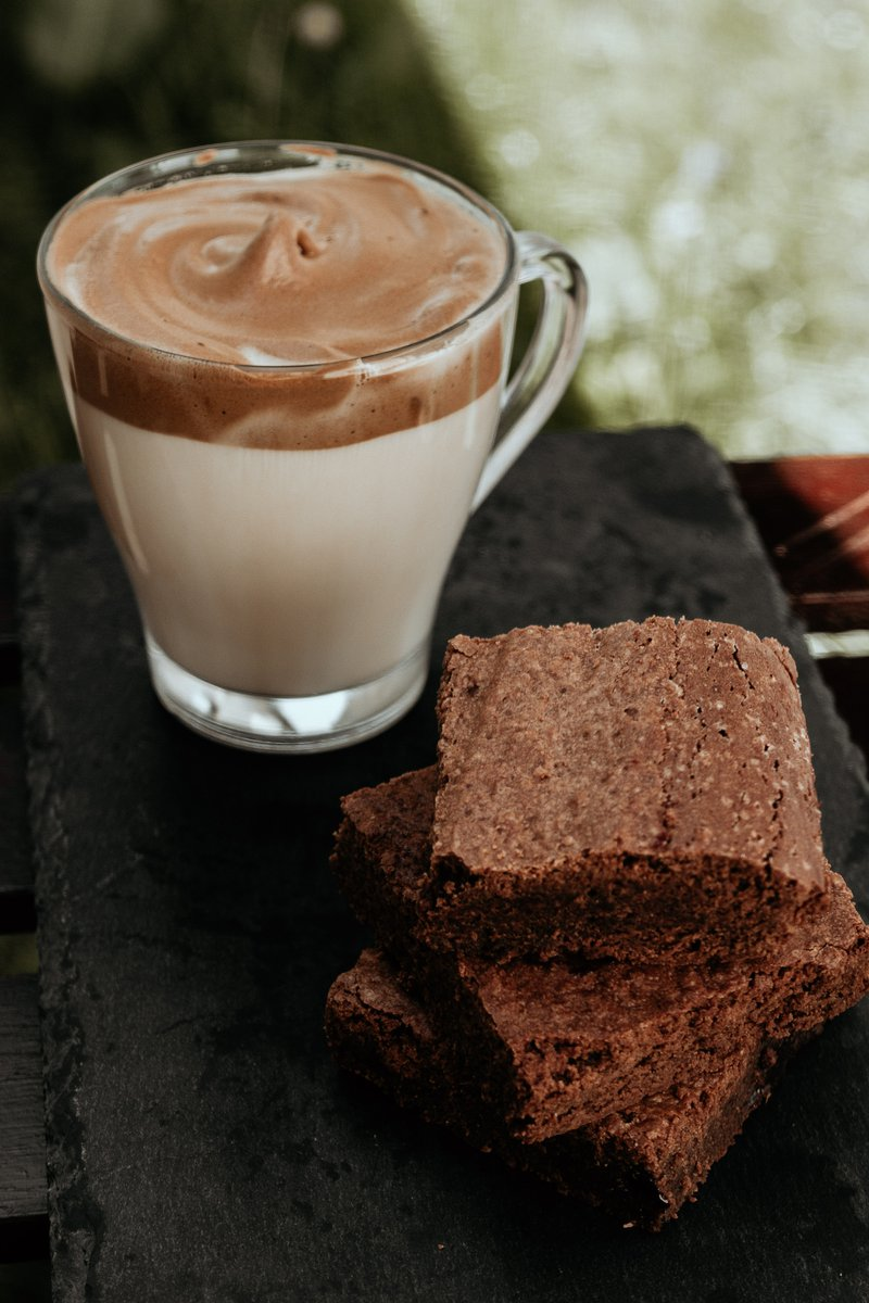Dalgona Coffee & Brownie