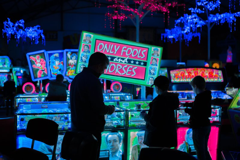 Slot machines, smoking and social media are designed to be addictive distractions