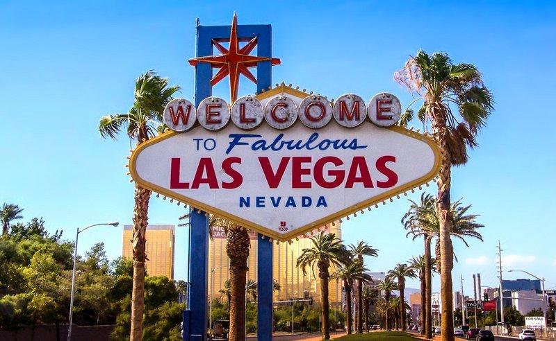 De meeste huwelijken worden gesloten in Las Vegas met 100.000 bruiloften per jaar, gevolgd door Hawaï met 25.000 bruiloften per jaar.
