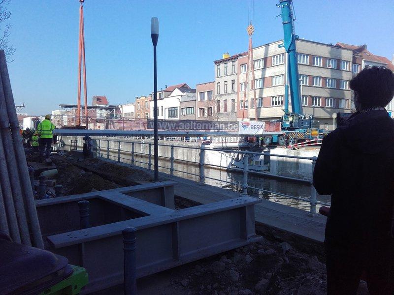 Mobile Pedestrian Bridge Molenbeek BESIX