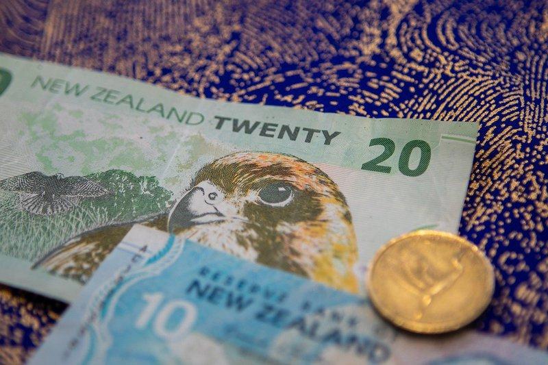 nz-trust-dollar-bills-saved