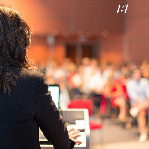 Aspect ration 1:1: digital marketing consultants