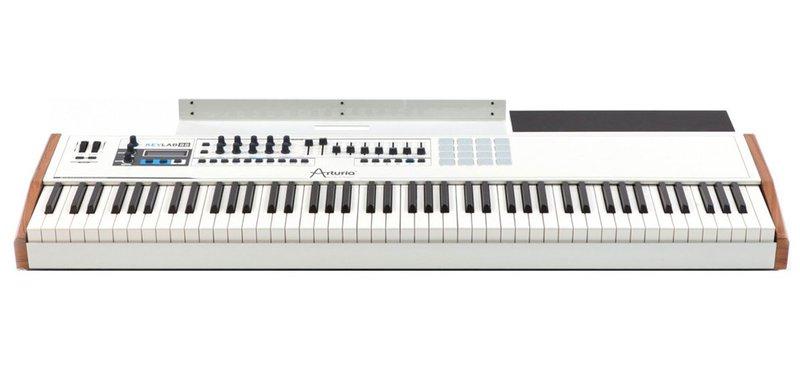 White Arturia Keylab 88 MIDI keyboard