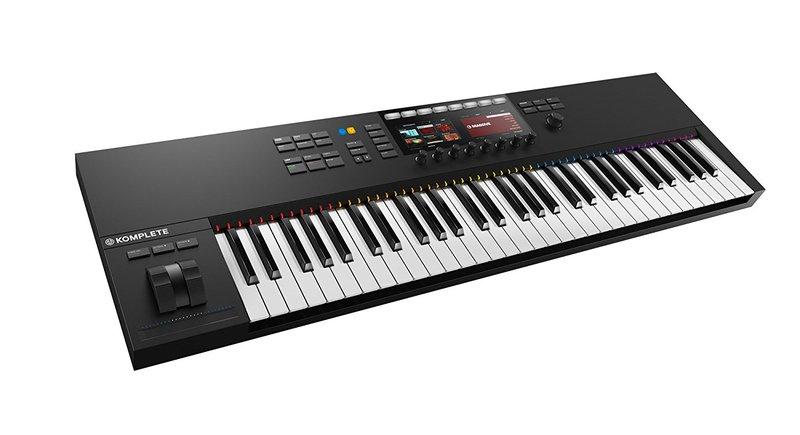 Native Instruments Komplete Kontrol S61 MIDI keyboard