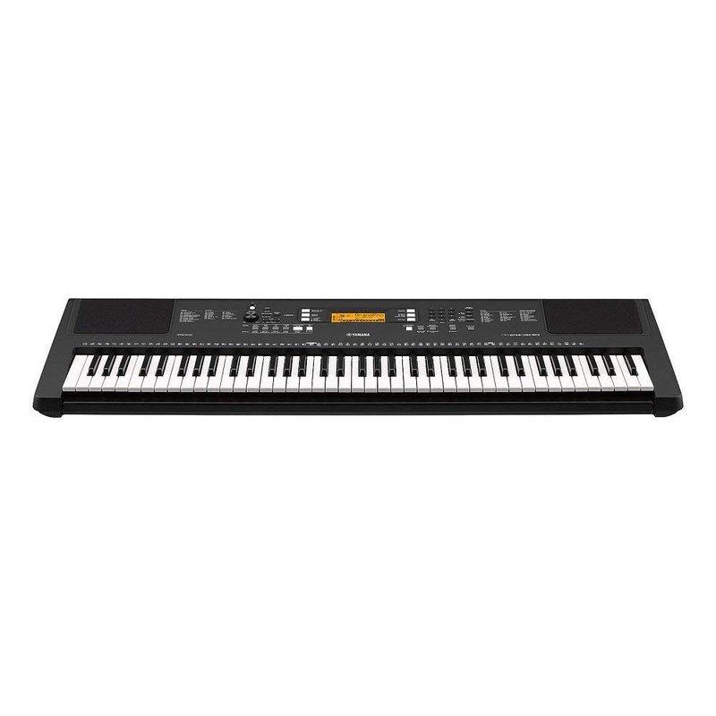 Yamaha PSR Digital keyboard with piano keys