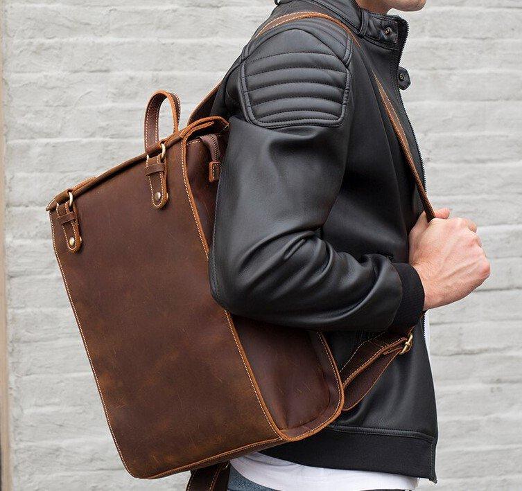Felman Shoulder Bag