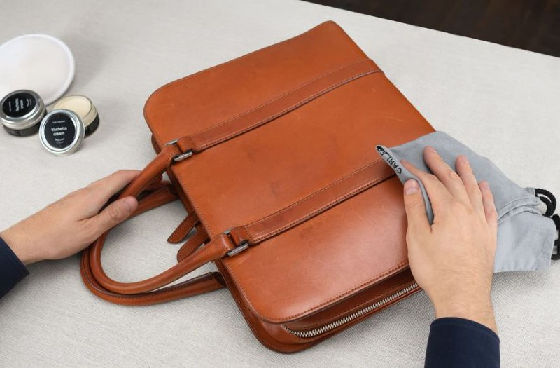 cleaning ink stain off leather bags