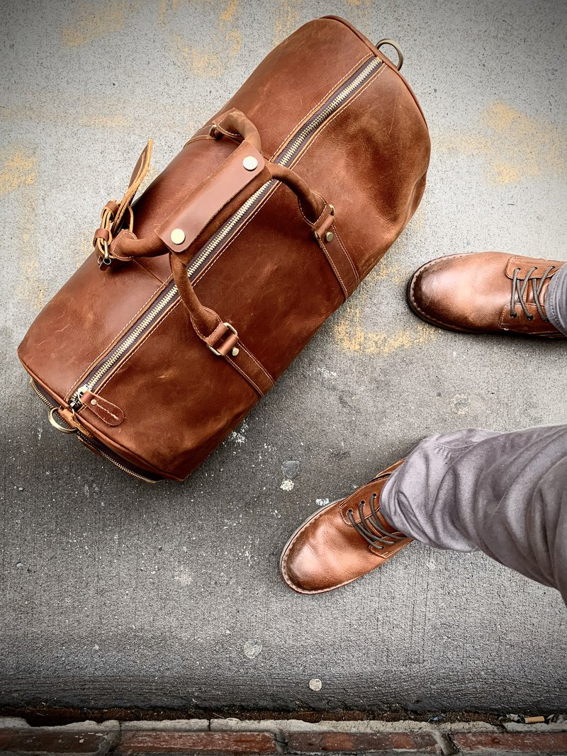 How to pack a Weekender bag