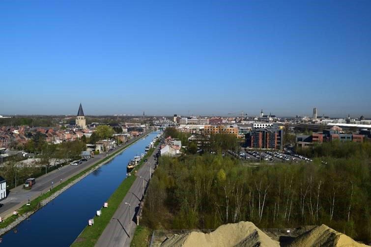 Ragheno, een gebied ter grootte van 100 voetbalvelden, gelegen achter het station van Mechelen.