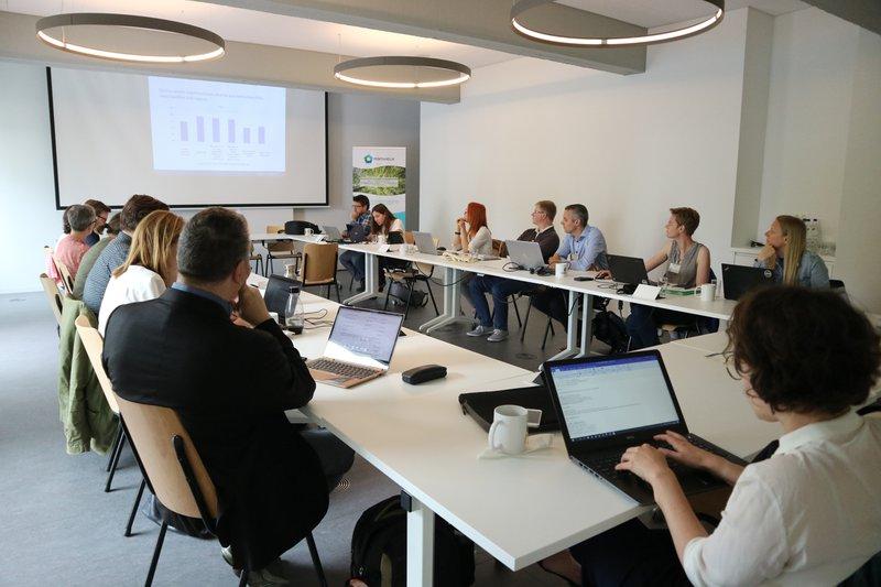 De Europese klimaatdelegatie vergadert in Mechelen over het klimaatproject Pentahelix.