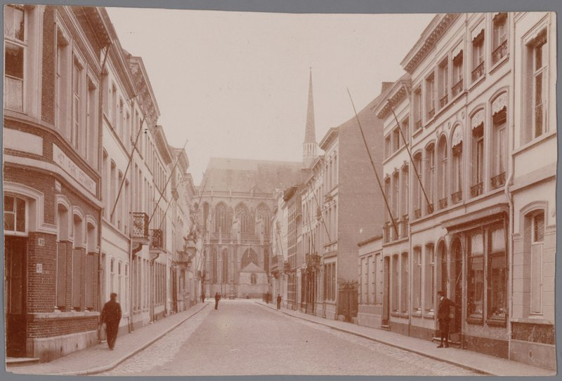 Sint-Gummarusstraat ca. 1900 foto Stadsarchief Lier 001000731