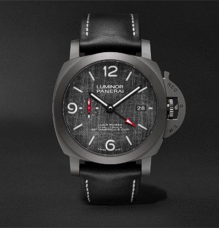 Panerai horloges: Het Panerai horloge Luminor Luna Rossa GMT (PAM01036) met 2e tijdzone en datumaanduiding op 3 uur