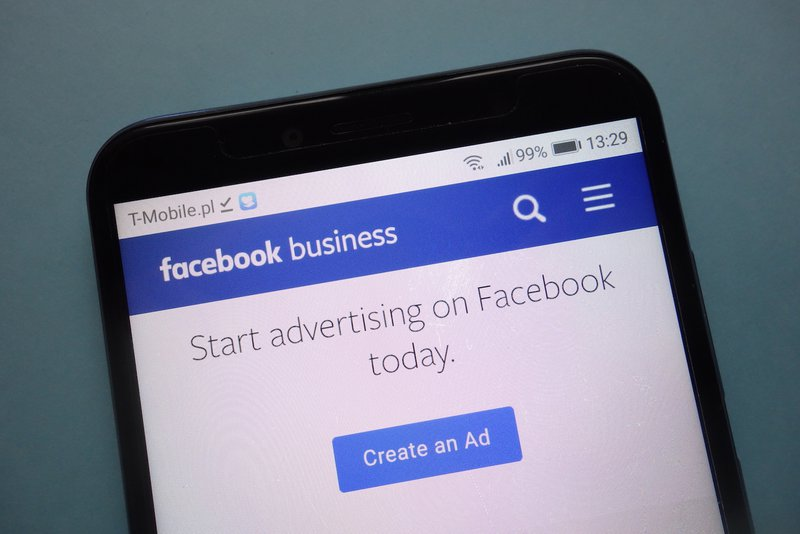 Facebook Ads - 12 Reasons Why Your Business Should Be Using Them