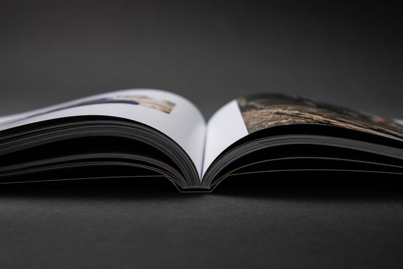 De inbindtechniek voor het boek Dualidade van Frederick Van Grootel