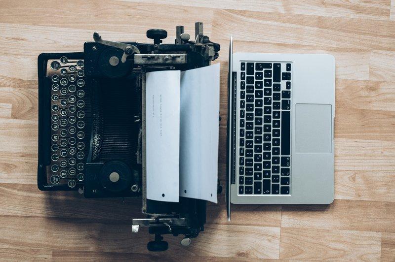 Typewriter vs laptop comparison