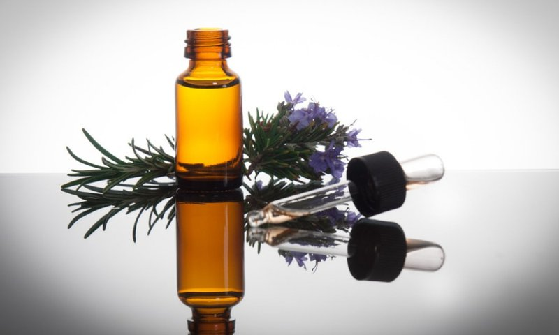 rosemary essential oil uses for hair growth and hair loss prevention hair 5 Tips To Naturally Regrow Your Hair benefits of rosemary oil for hair loss a7ea2dbb5a1482851bc272517f114fd1 800