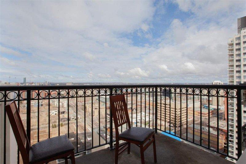104 street Edmonton penthouse condo for sale