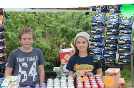 Kids selling refreshments at PTA music festival