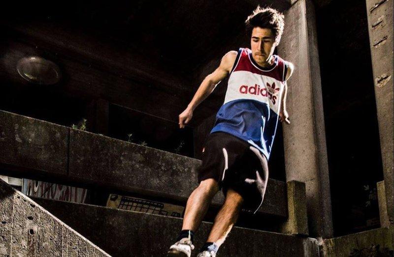 Nicolas Van Hole: Ketnetheld, parkout atleet en influencer
