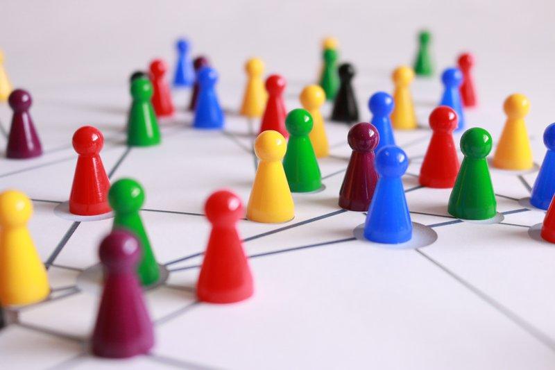 Een online netwerk opbouwen op LinkedIn - Konvert