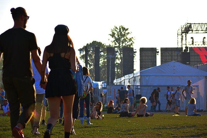 naar festival dankzij jeugdvakantie - Konvert