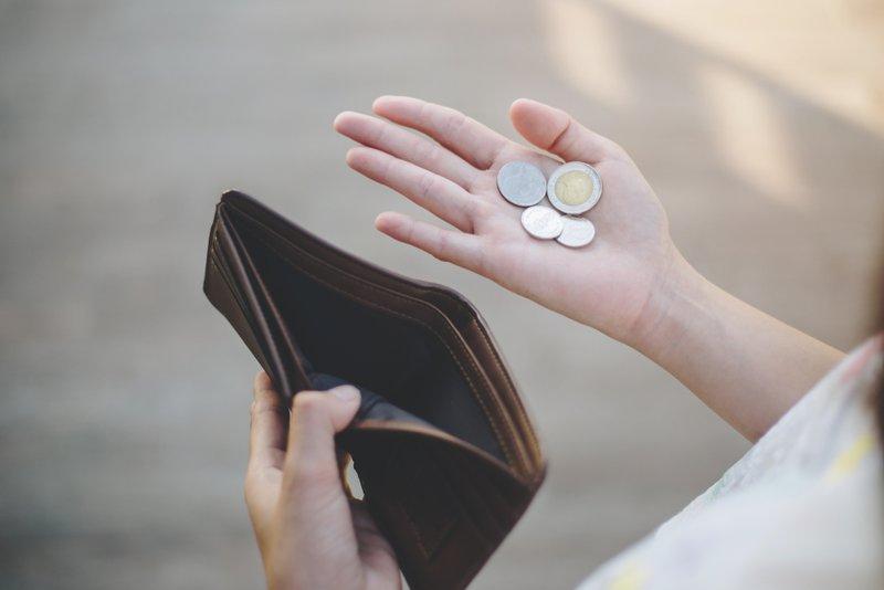 Geld tellen van werkloosheidsuitkering - Konvert